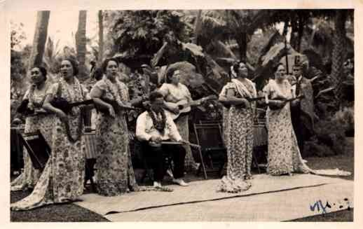 Hawaiian Women With Ukuleles RP