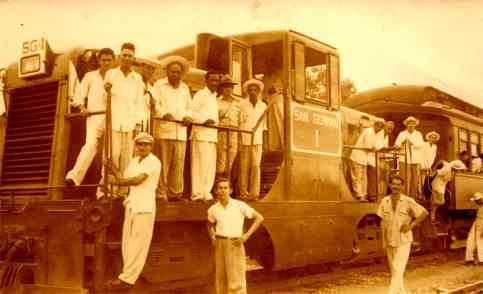 Cubans Political Train Real Photo
