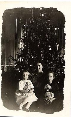 Christmas Tree Family RP